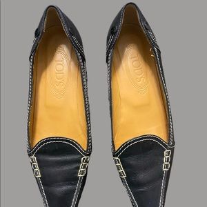 Tods Pointed toe flats Sz 37